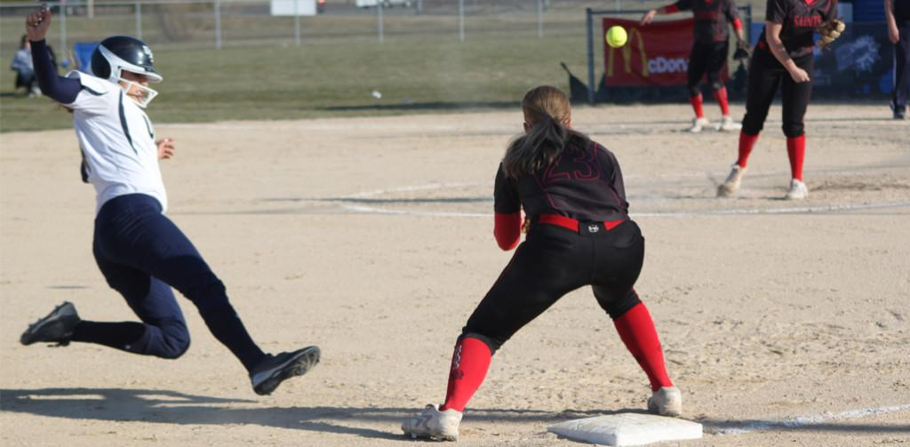 Softball splits against the Saints of Maryville