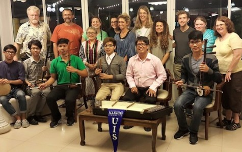UIS students travel to Thailand