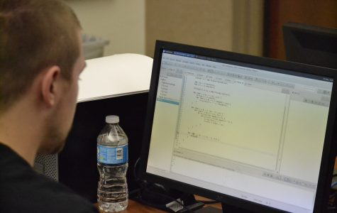 UIS hosts regional programming competition