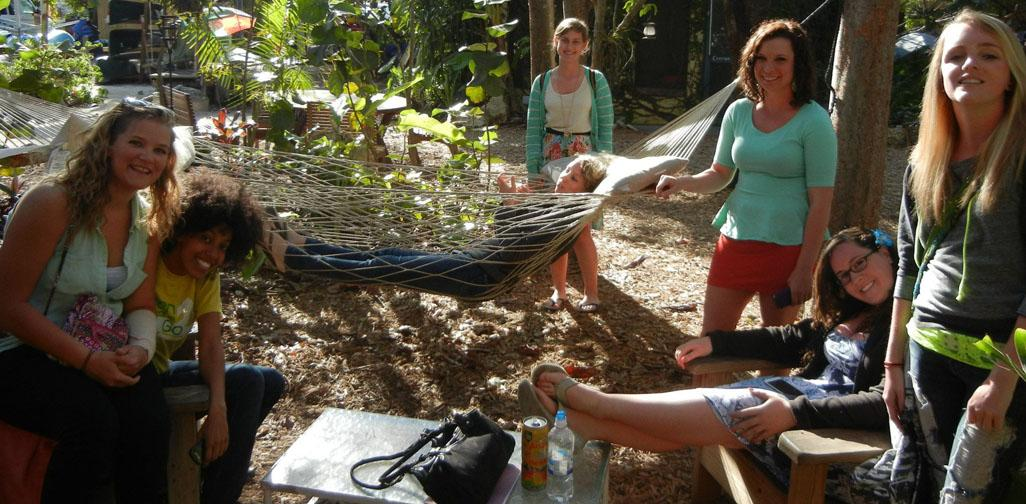 A green cleanup: Alternative Spring Break students volunteer for a cause during vacation