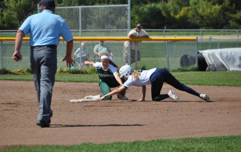 Softball team finishes home record at 14-6