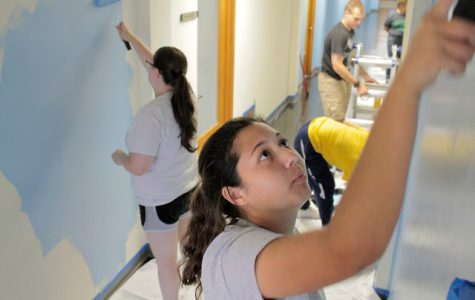 UIS students give back to the community during the first week of classes