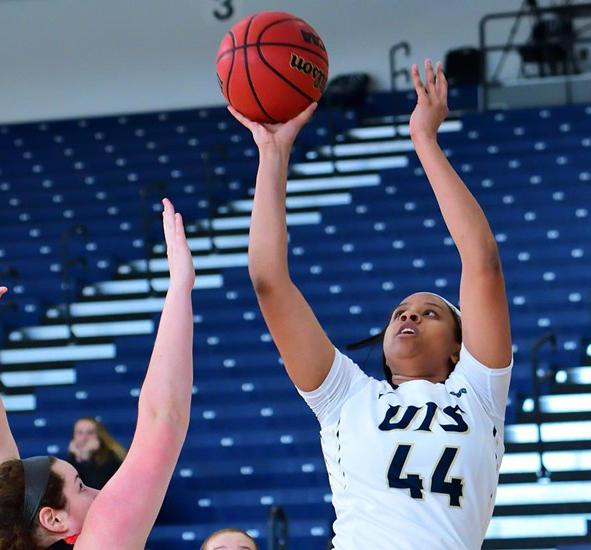 Syerra Cunningham at the UIS-Lewis University game. Photo courtesy of  UIS Athletics