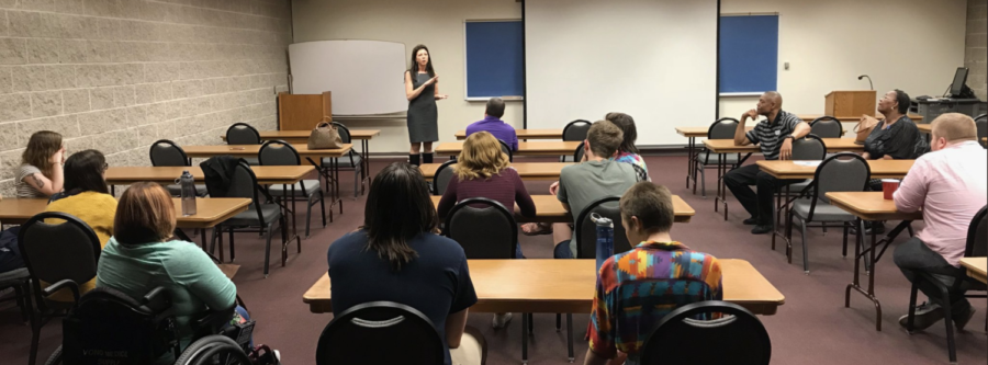 Betsy Londrigan addresses campus democrats at PAC