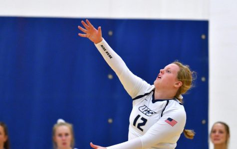 University of Illinois Sprinfield Prairie Stars Volleyball Sweeps Maryville To Move To 5-1 In GLVC
