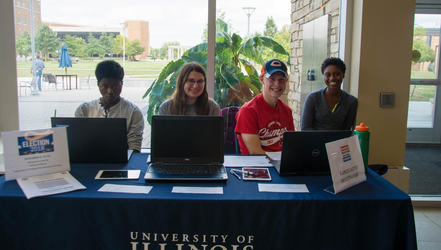 Students register to vote in Student Union, talk importance of voting