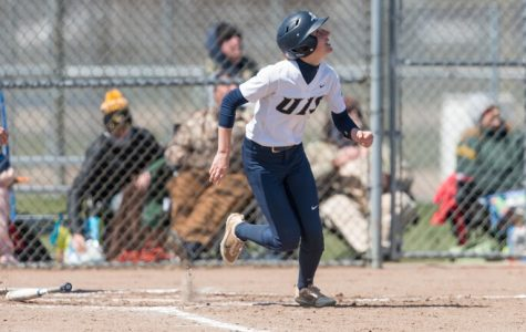 UIS Softball Scores 21 Runs In Two Wins On Friday