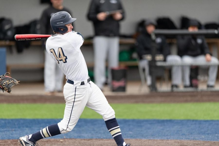 UIS+Baseball+Collects+17+Hits+In+Loss+Against+William+Jewell+Meet