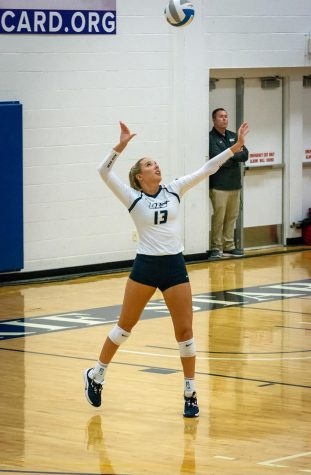 Alli Splitt Sets Single-Match Blocking Record In Five-Set Loss To Missouri-St. Louis